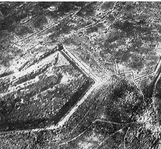 517px-Fort_Douaumont_Ende_1916